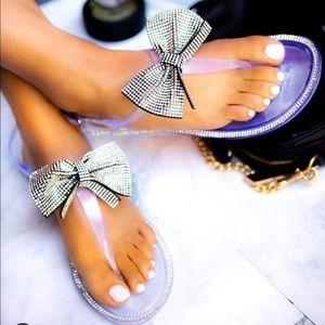 Clear jelly bow sandal